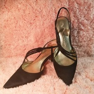 Women's Dressy Special Occasion Pumps Size 8